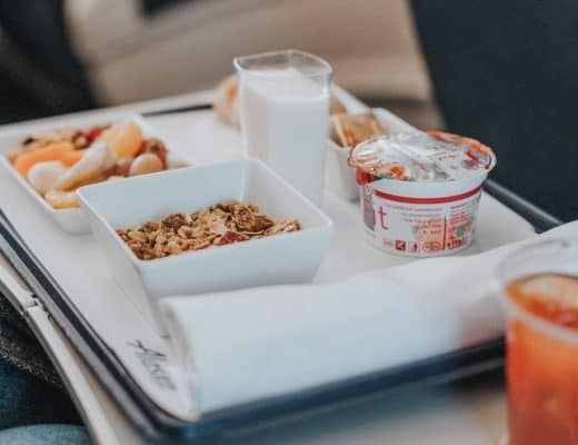 How To Avoid Letting Free Food Sabotage Your Health Efforts